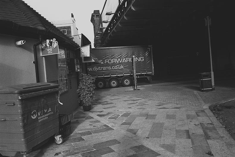 WEBLONDON1 20142018 RHKCROP 2LAB3CROP3SATTVALEEVHIBROWNALEXANDERKORSMITARCHIVES