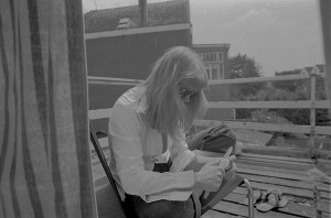WEBParis Belgium 197201052018 NR 08 MARIAGLANDORF ARTISTLABIQ4CROP3(C)SATTVALEEVHIBROWNKORSMITGRHPUNDARCHIVES