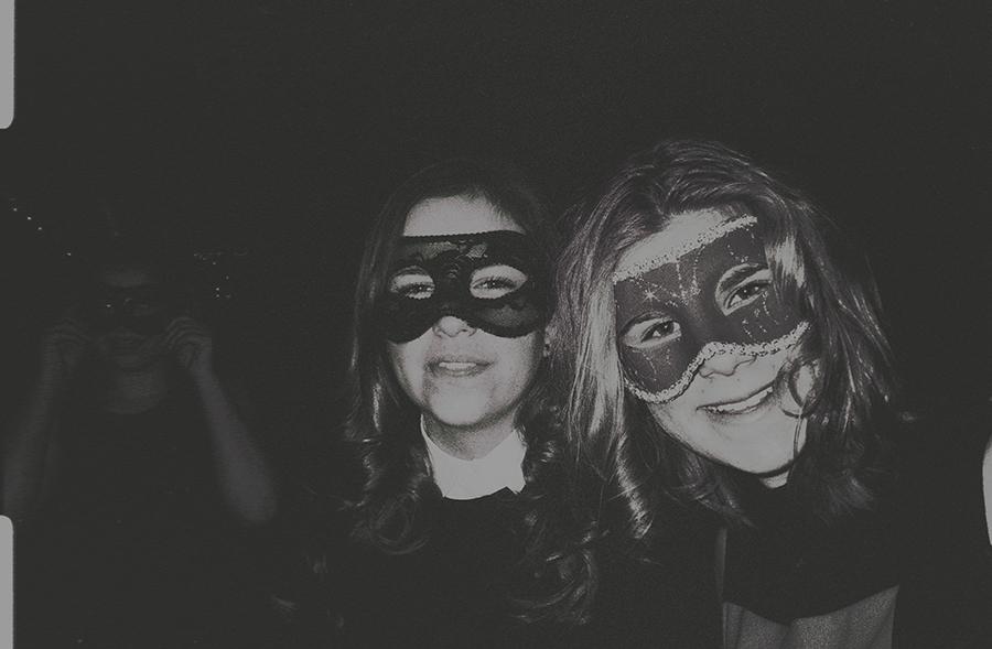 WEBCLOSEMASKEDgirls20172019RHKIQ6CROP4NWGRHPUNDLABKORSMITARCHIVES